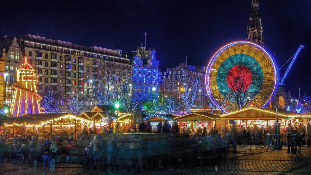 Weihnachtsmarkt_Edinburgh